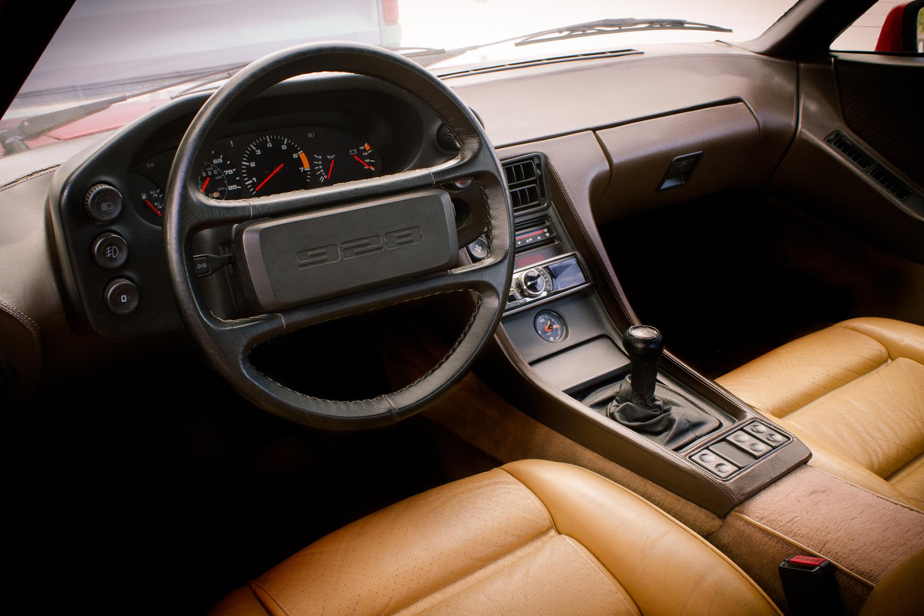 33 year old interior still looks fairly modern
