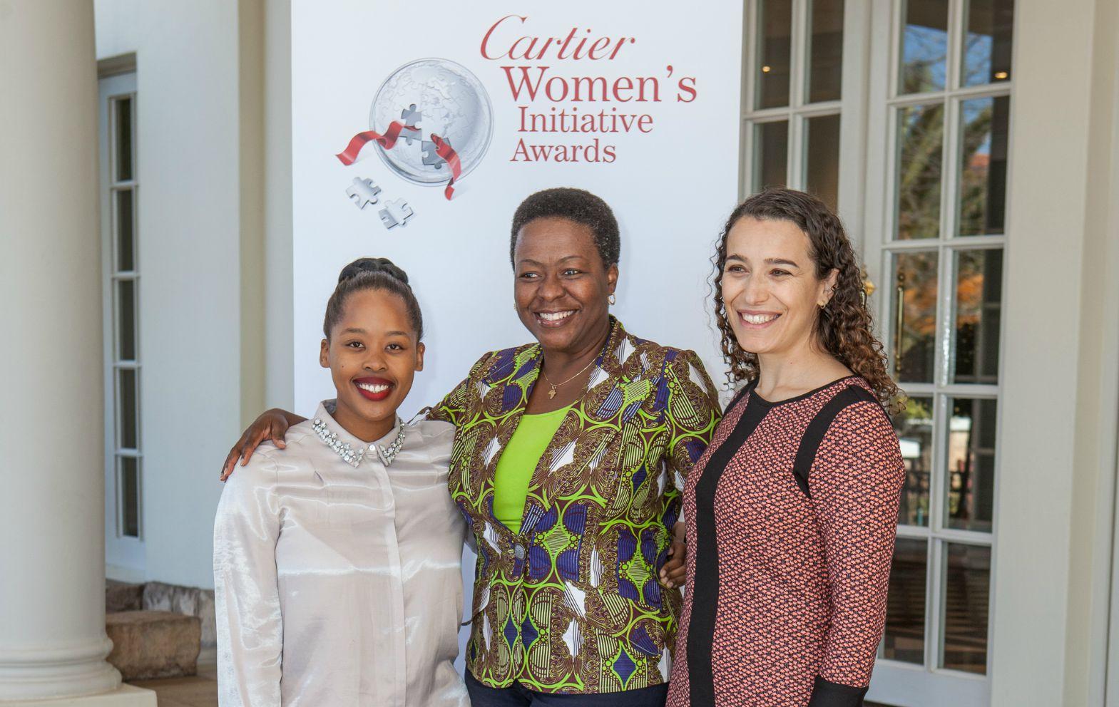 L-R:Thato Kgatlhanye,Chinwe Ohajuruka and Suzana Moreira