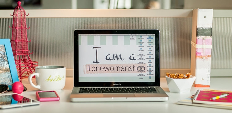 woman-solopreneur.jpeg