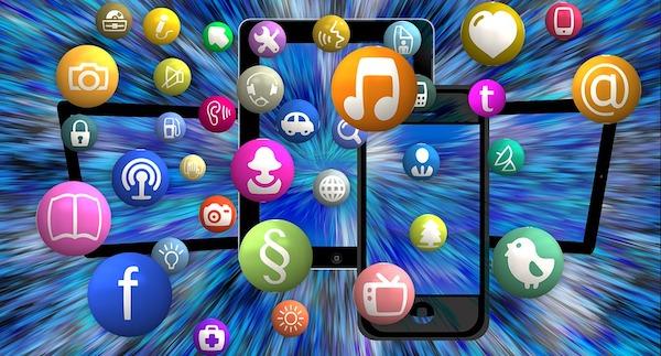 socialmedia-overload.jpg