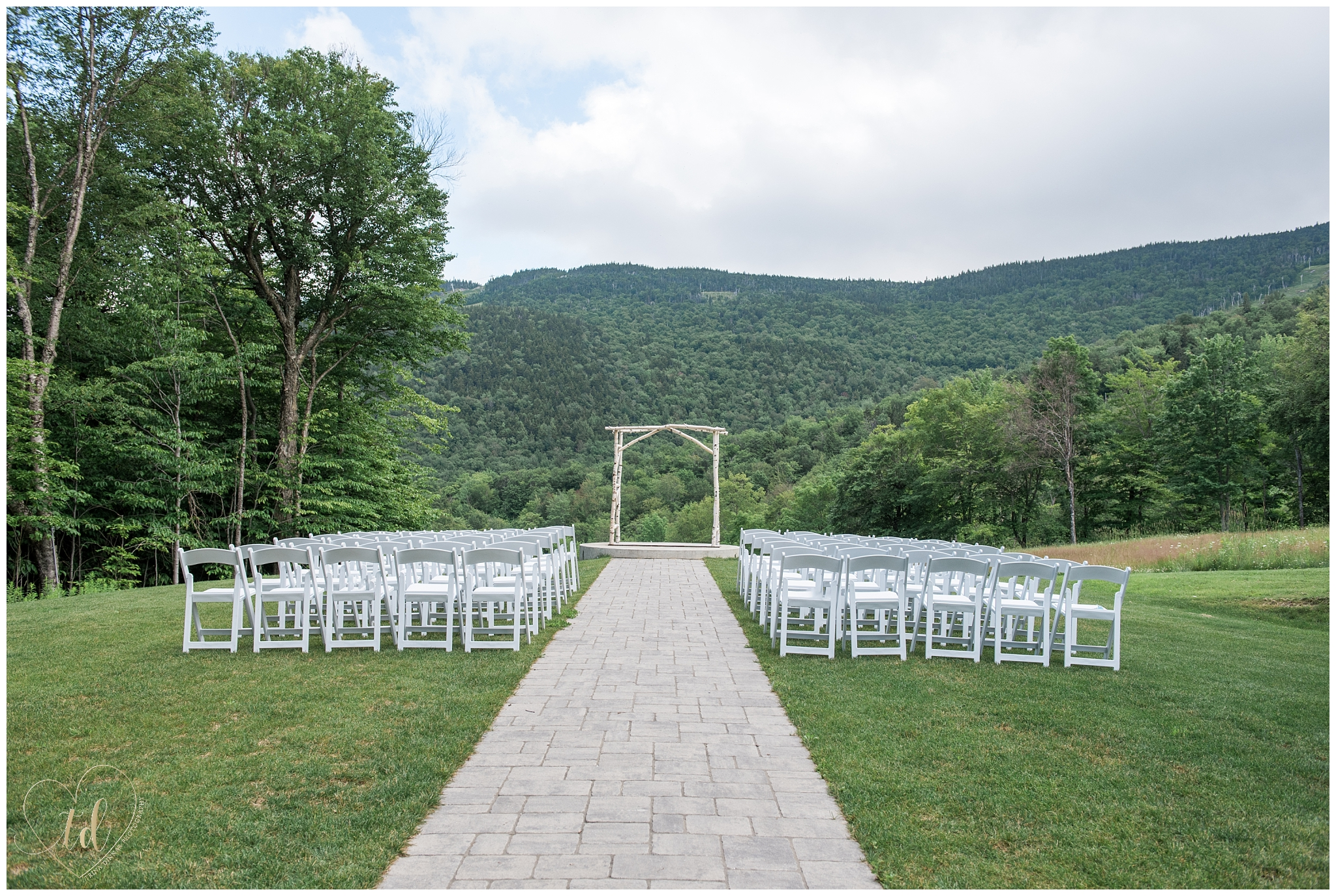 Wedding Ceremony at Jordan Terrace Sunday River