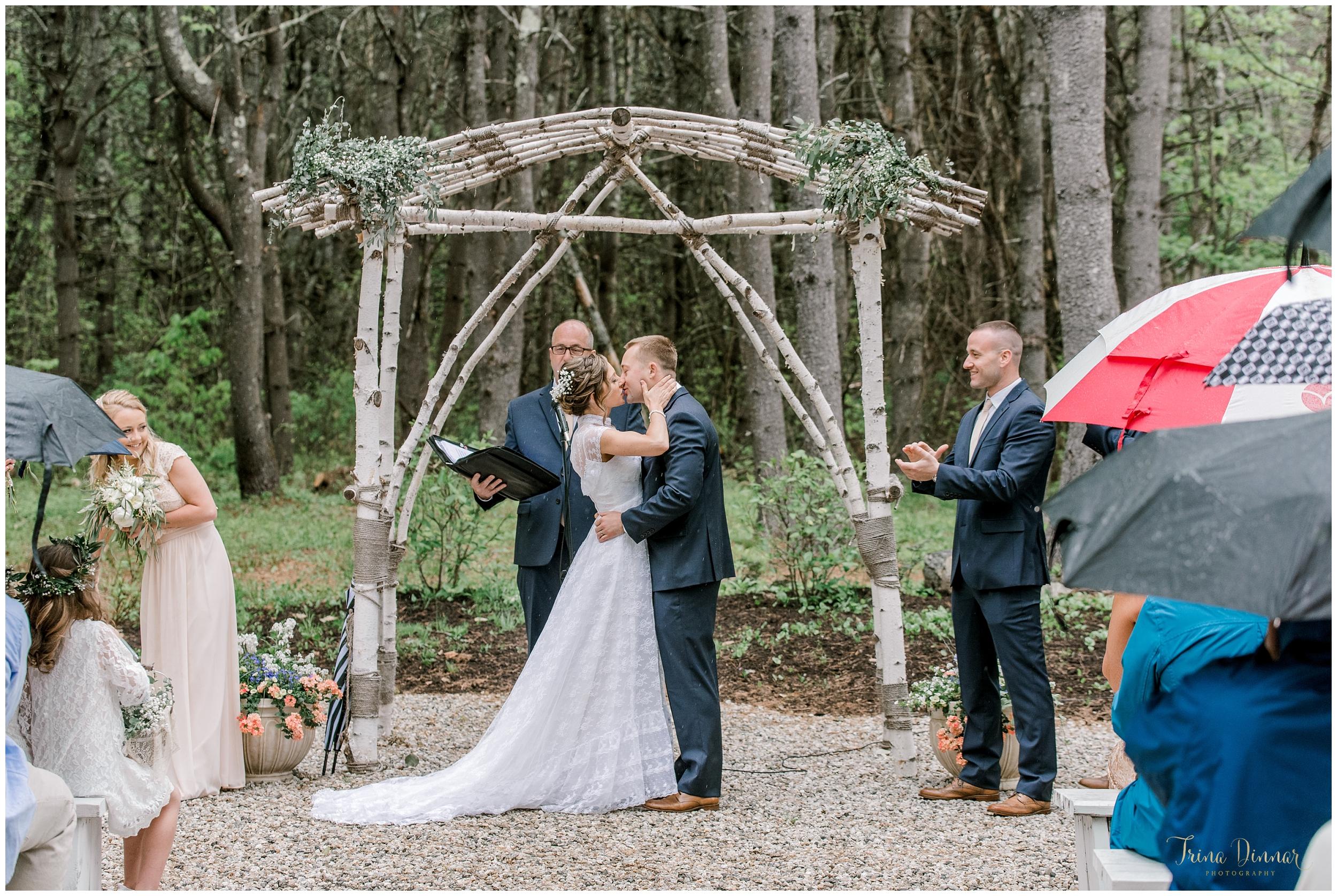 The Barn at Flanagan Farm Wedding by Trina Dinnar Photography.