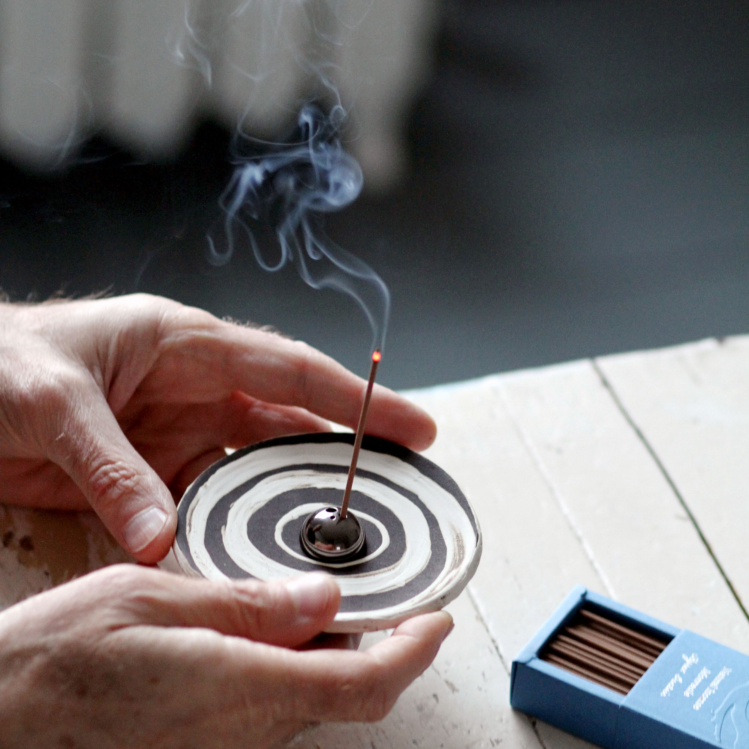 incense-sticks-for-kitchen.jpg
