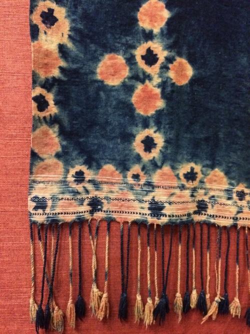 Tunisian head cloth, detail
