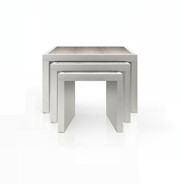 NESTING TABLES IN LOJA IN SILVER