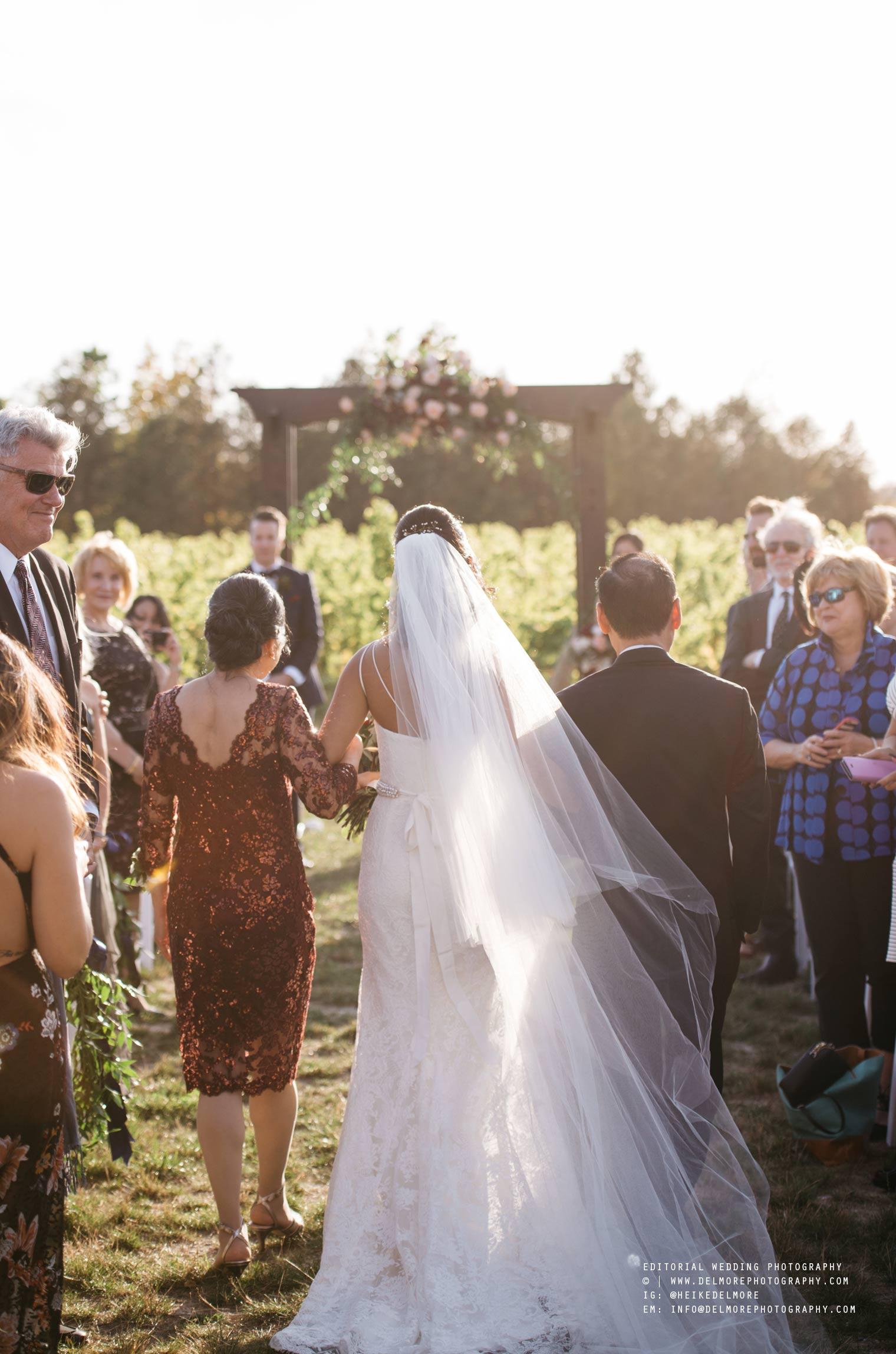 top-windsor-winery-wedding-photographer-034.jpg
