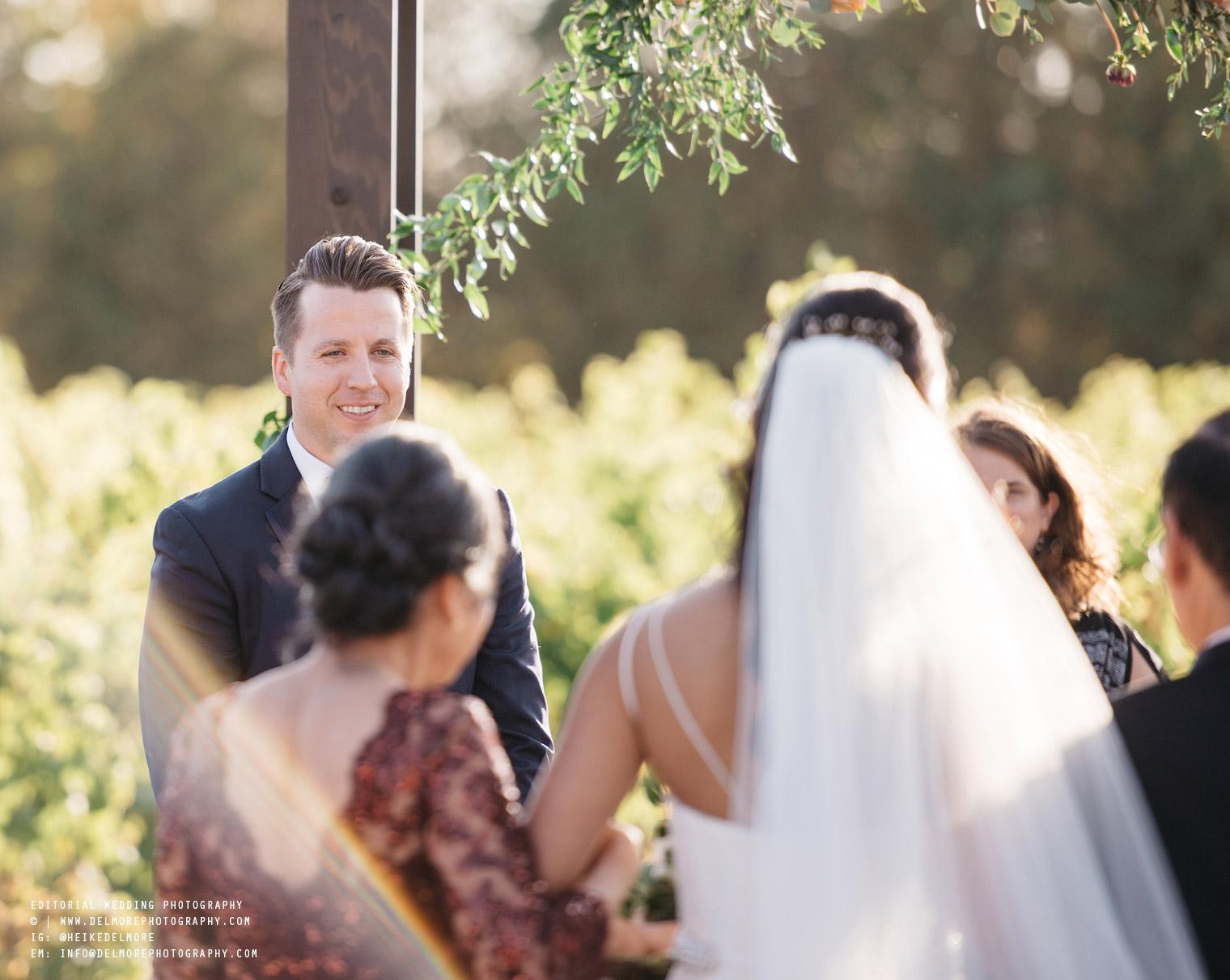 top-windsor-winery-wedding-photographer-035.jpg