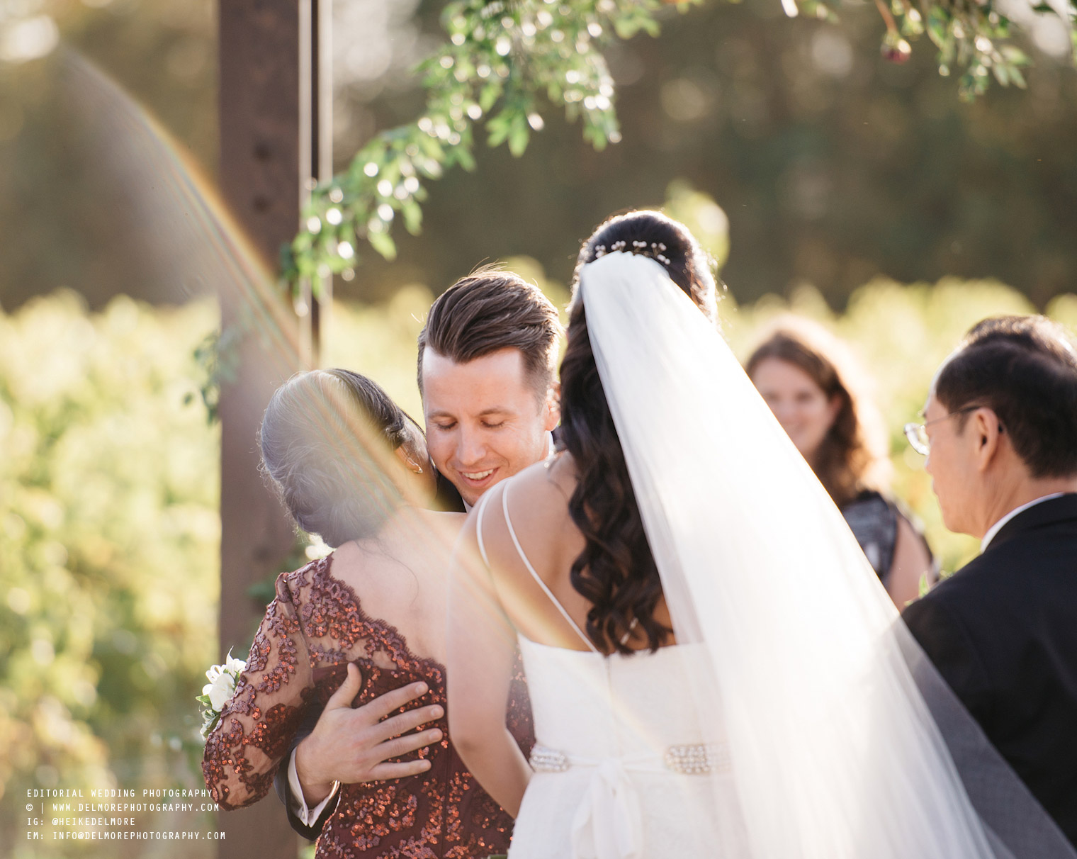top-windsor-winery-wedding-photographer-036.jpg