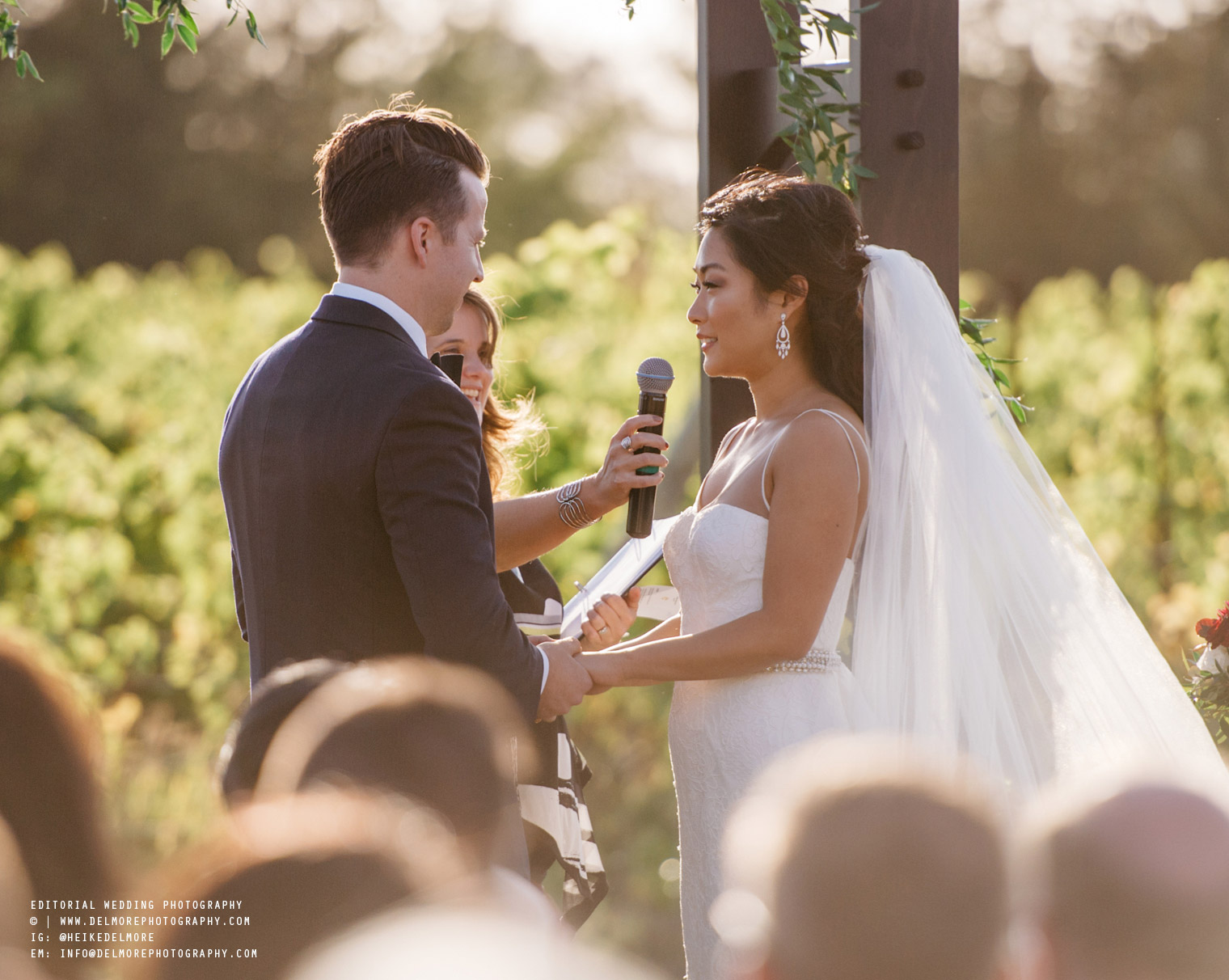 top-windsor-winery-wedding-photographer-040.jpg