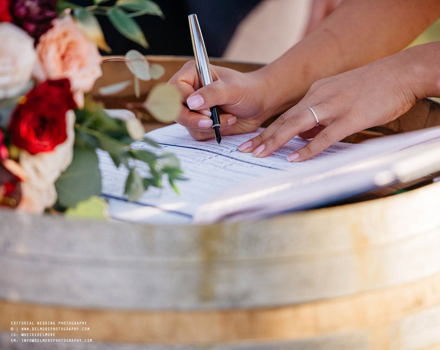 top-windsor-winery-wedding-photographer-044.jpg