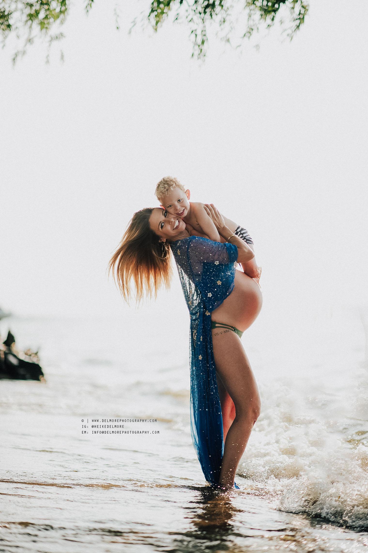 Erica Ott Heike Delmore Maternity Shoot