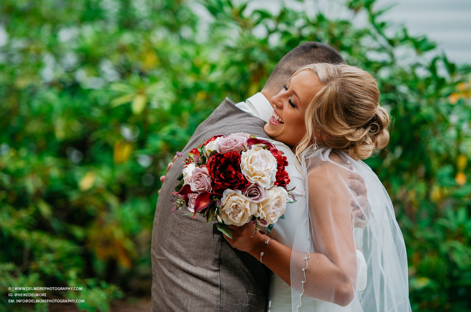 Top Amherstburg Ontario Wedding Photographers