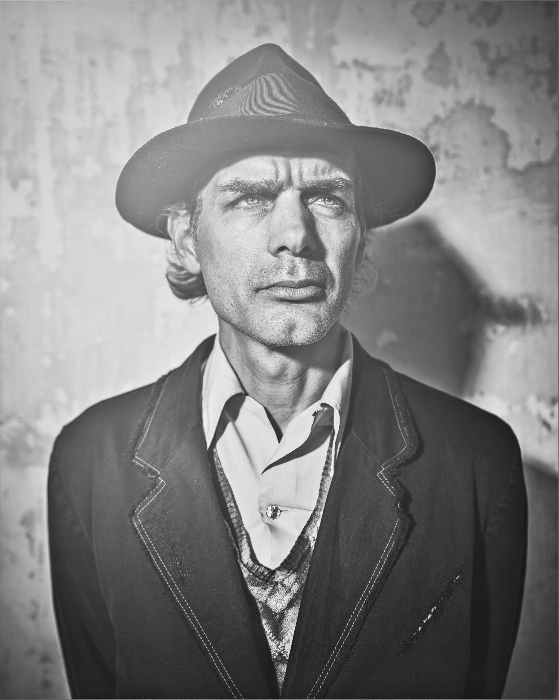 Deadman-Portraits-again5367_v3-1920x2401.jpg