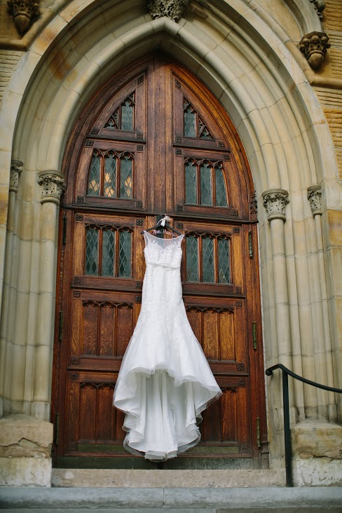 Dress_oYk4wvhjtD6rdwWfp9CBjs2PDR9RbDj_eCJSjdLH6wO3Fo2ahWmRf-oZI=w1314-h732.jpg