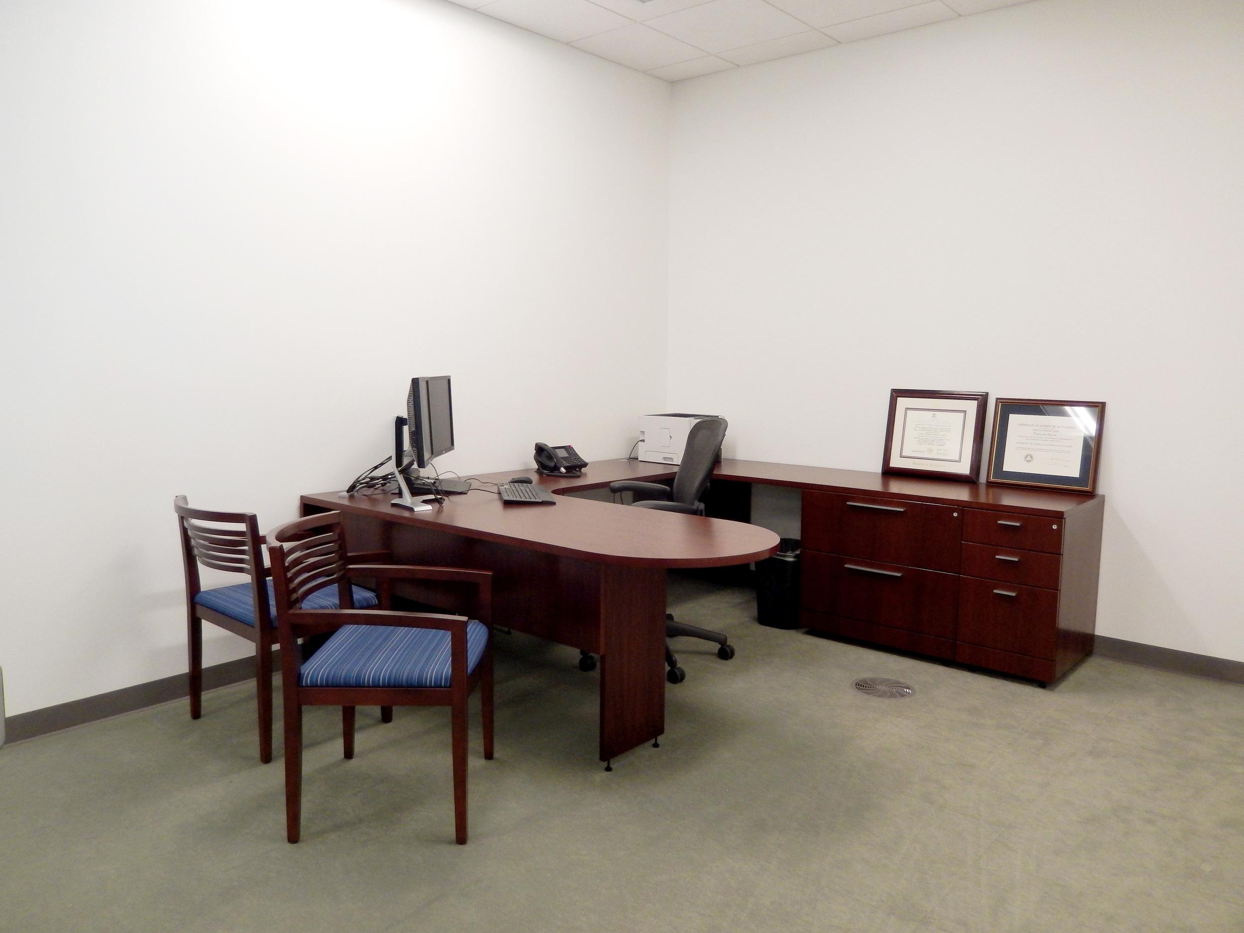 Standard office II. Photograph