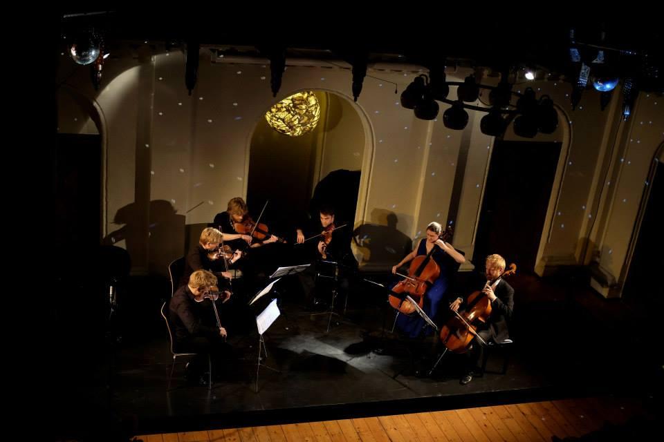 The moon and stars were shining bright for Schoenberg's Verklärte Nacht -photos by Caroline Bittencourt