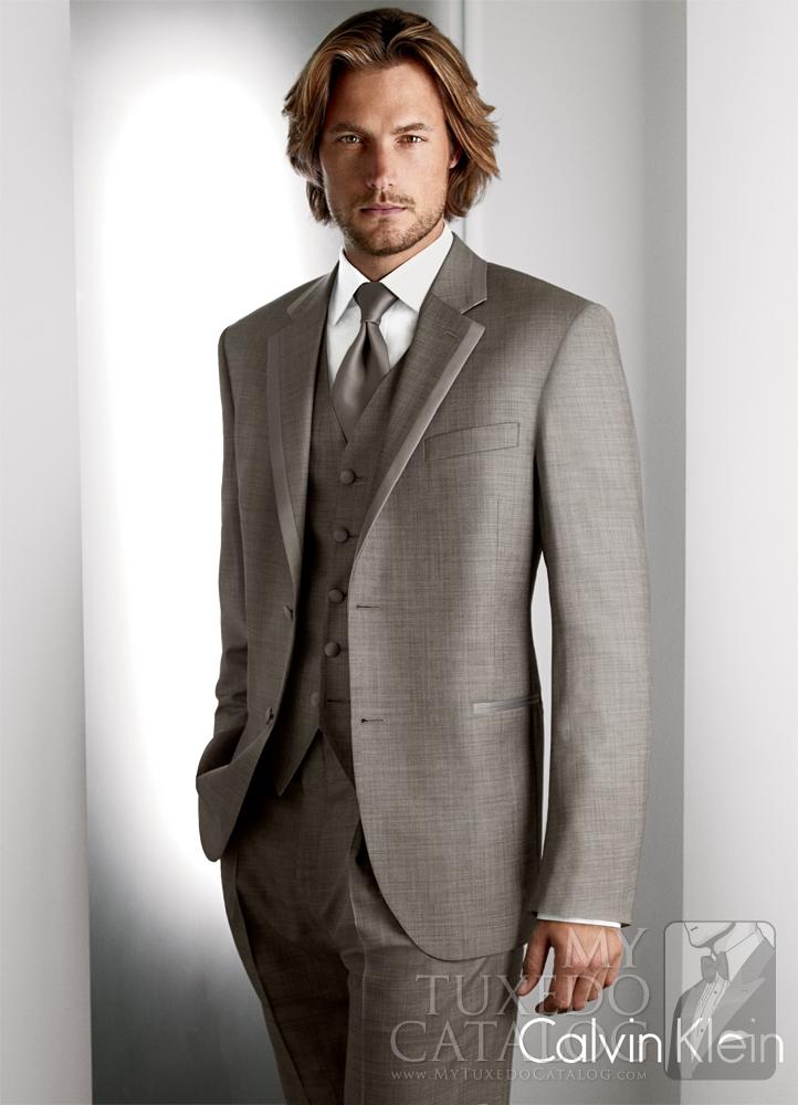 Grey-Legend-Tuxedo_C928.jpg