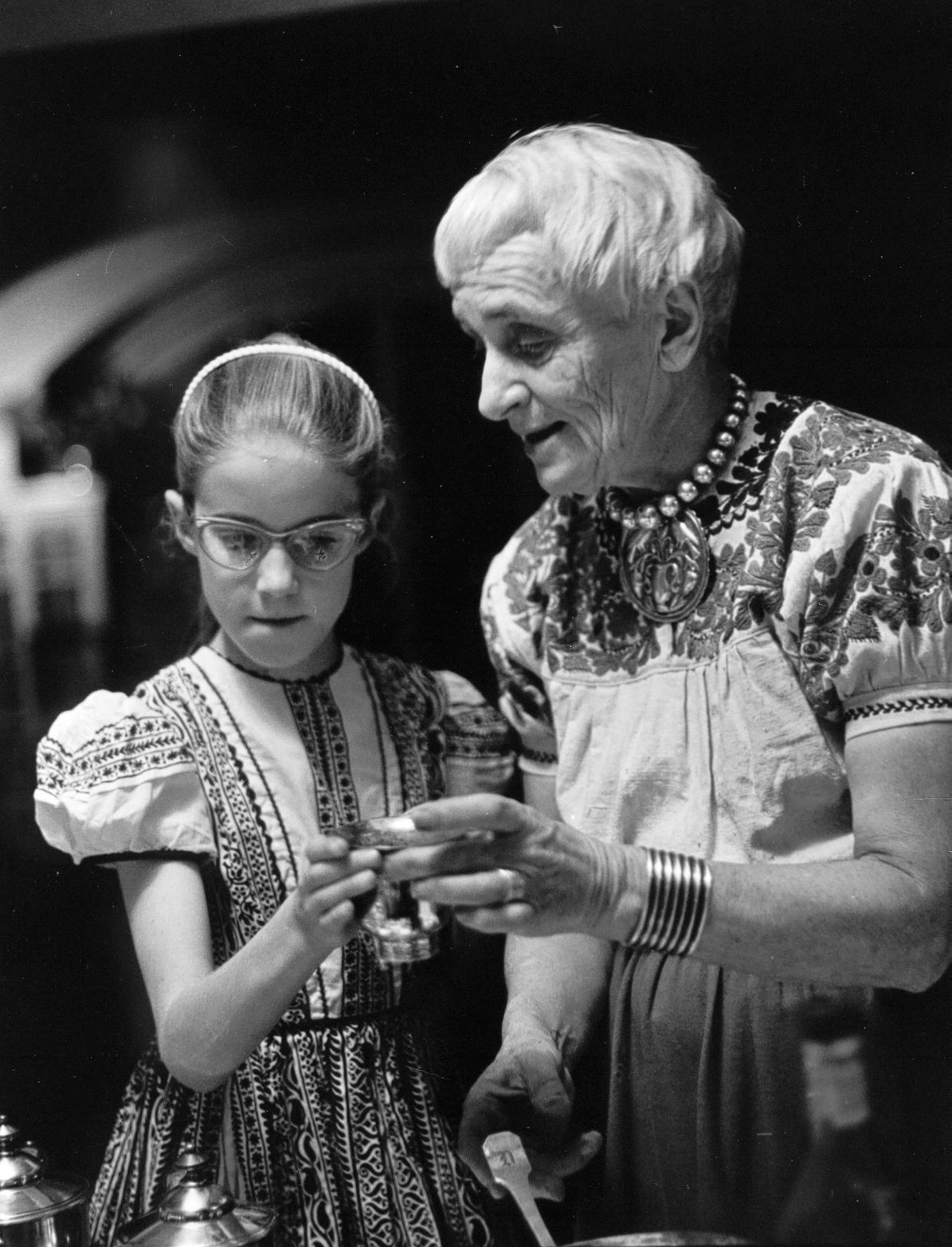 Elizabeth Partridge and Dorothea Lange.jpg