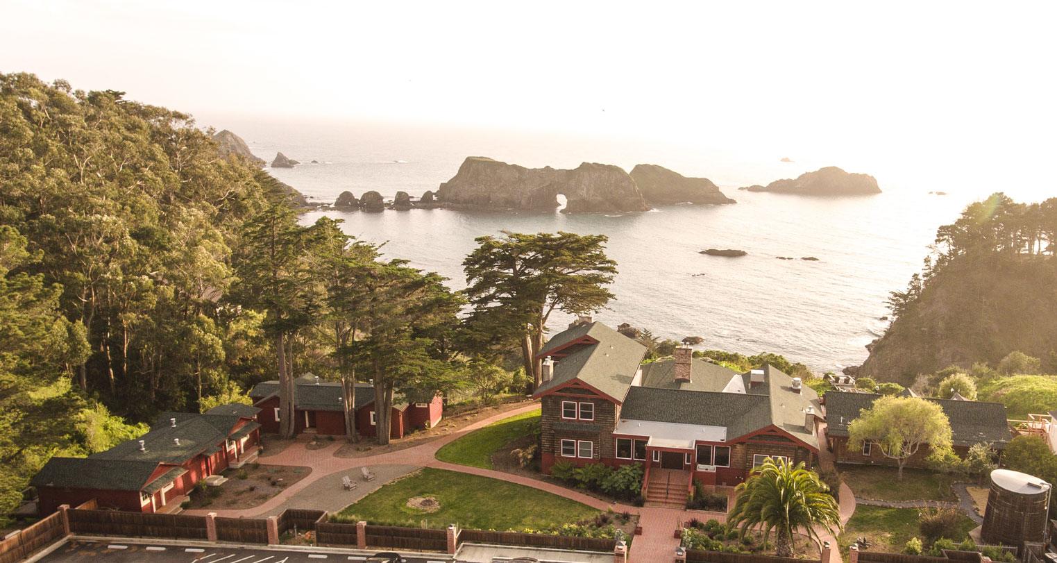 Harbor House Inn in Elk California sits on a bluff above the Pacific Ocean