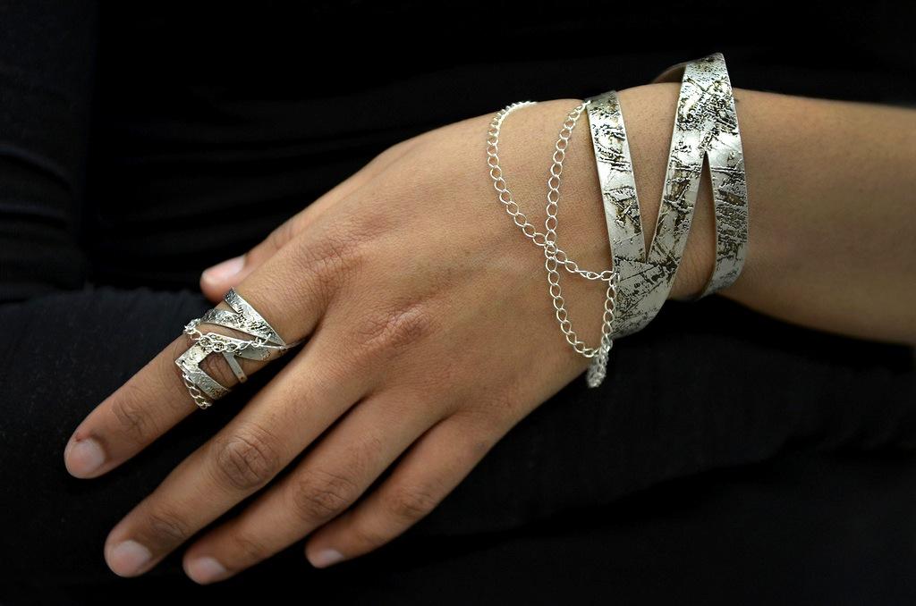 ring and bangle - vaz.jpeg
