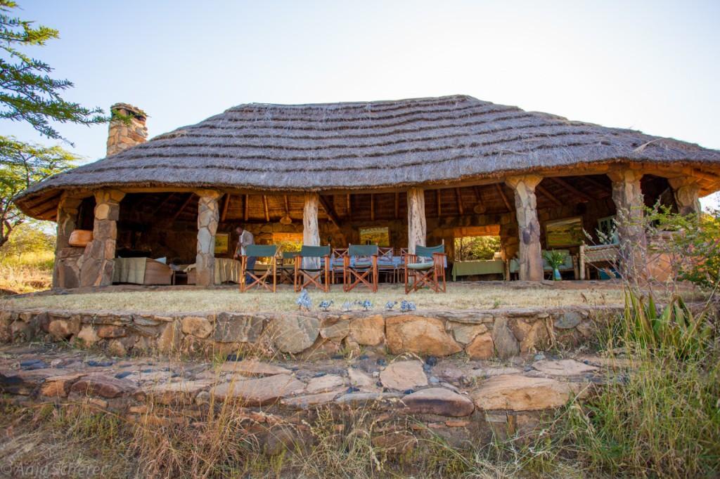 El-Karama-Lodge-Kenya-1024x682.jpg