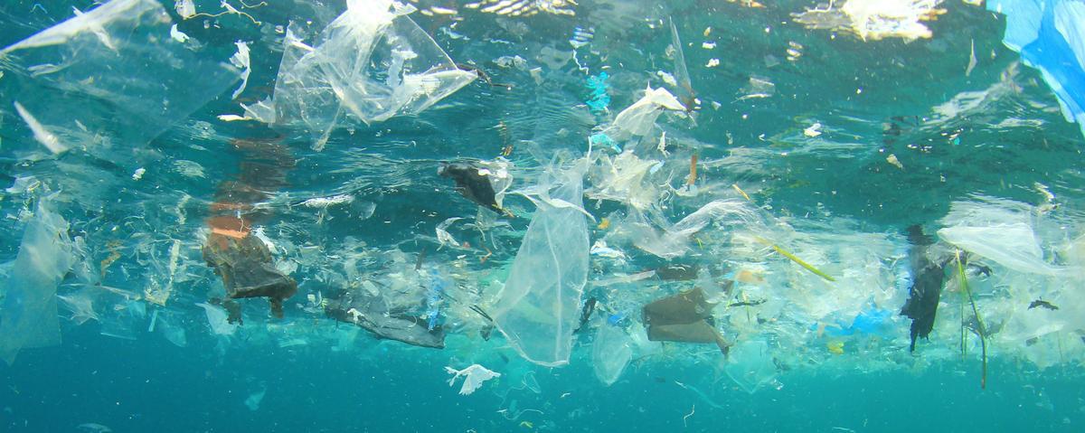 plastic_in_ocean_01.jpg