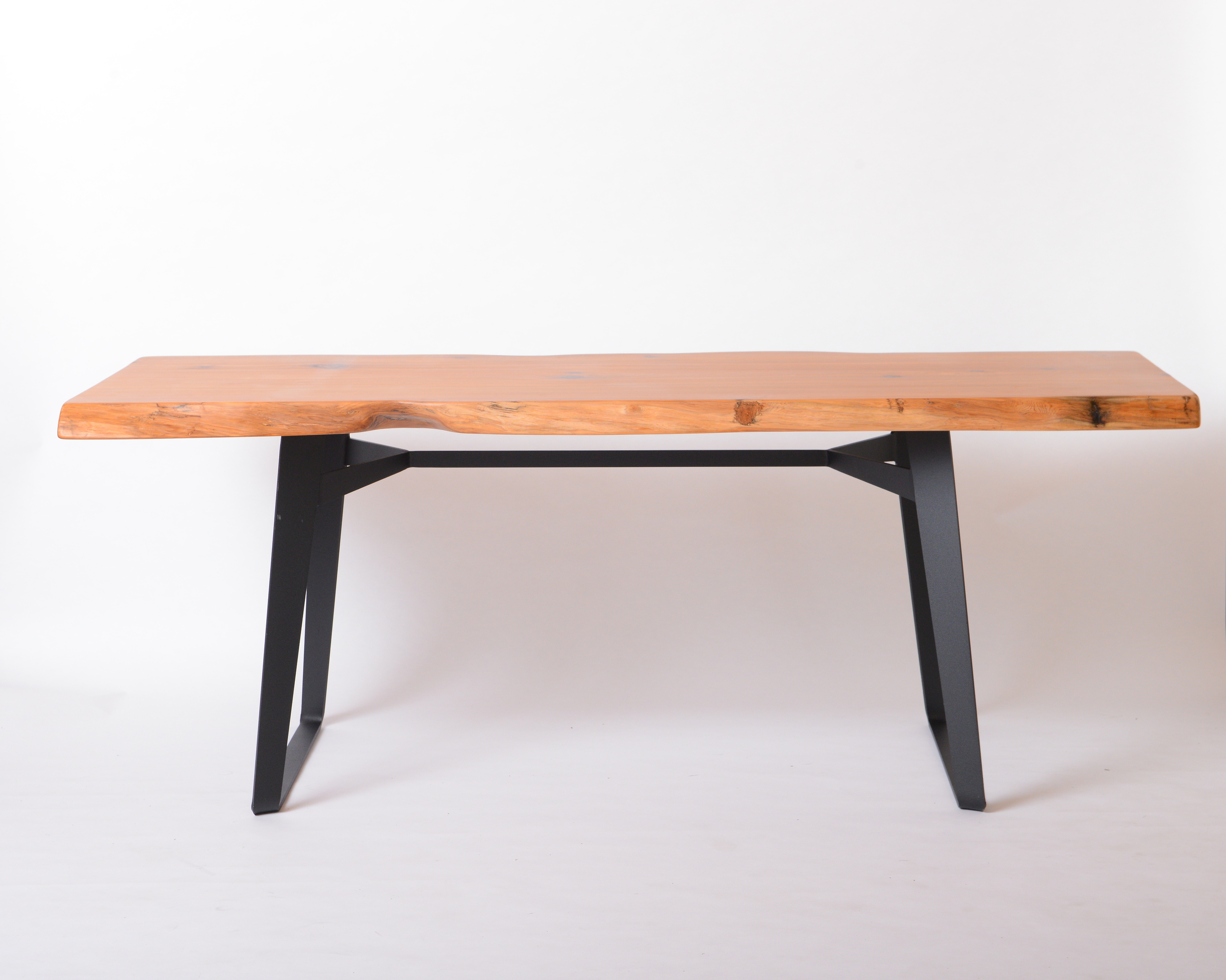 F-08 BOAT dining table