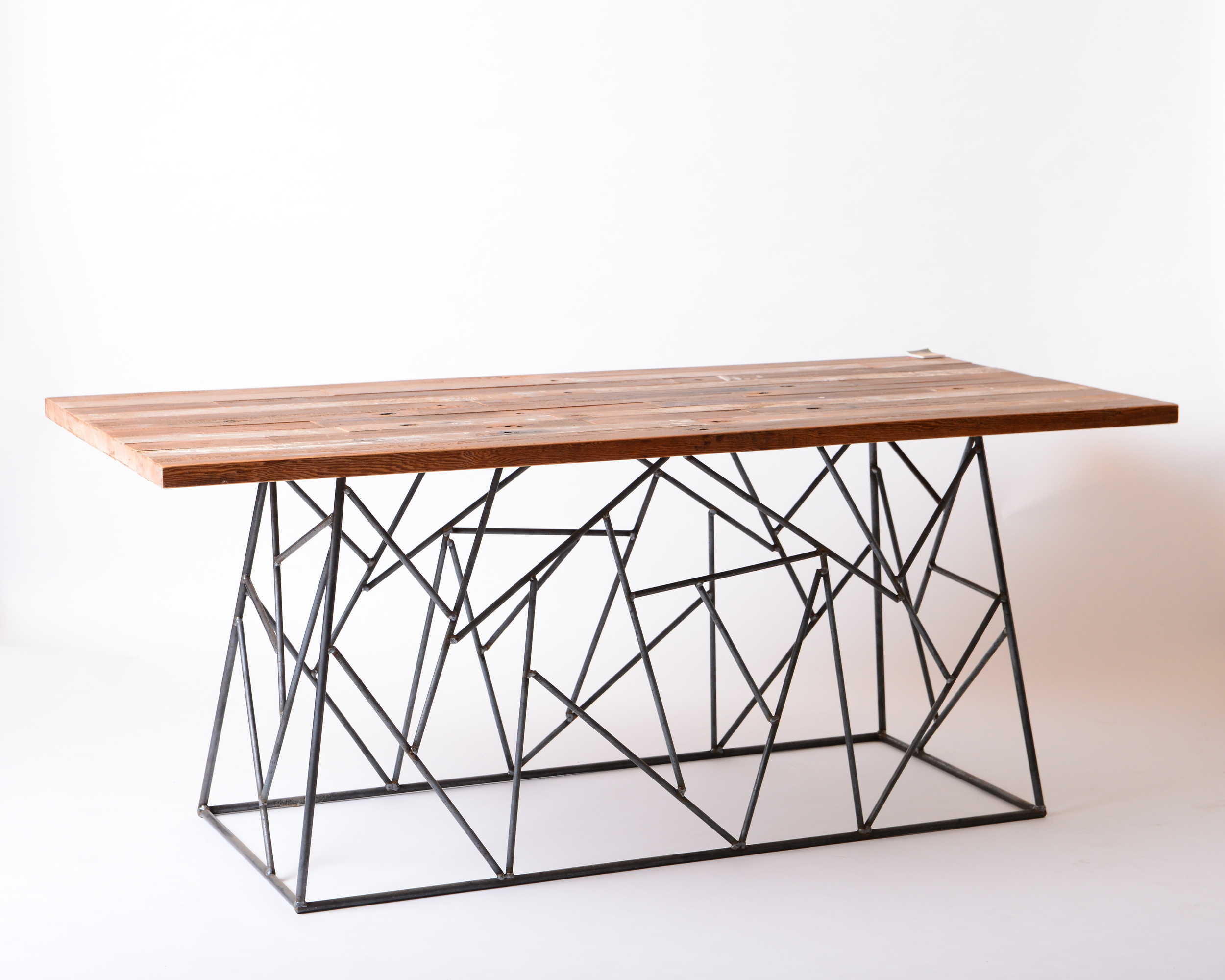 Space table 停產