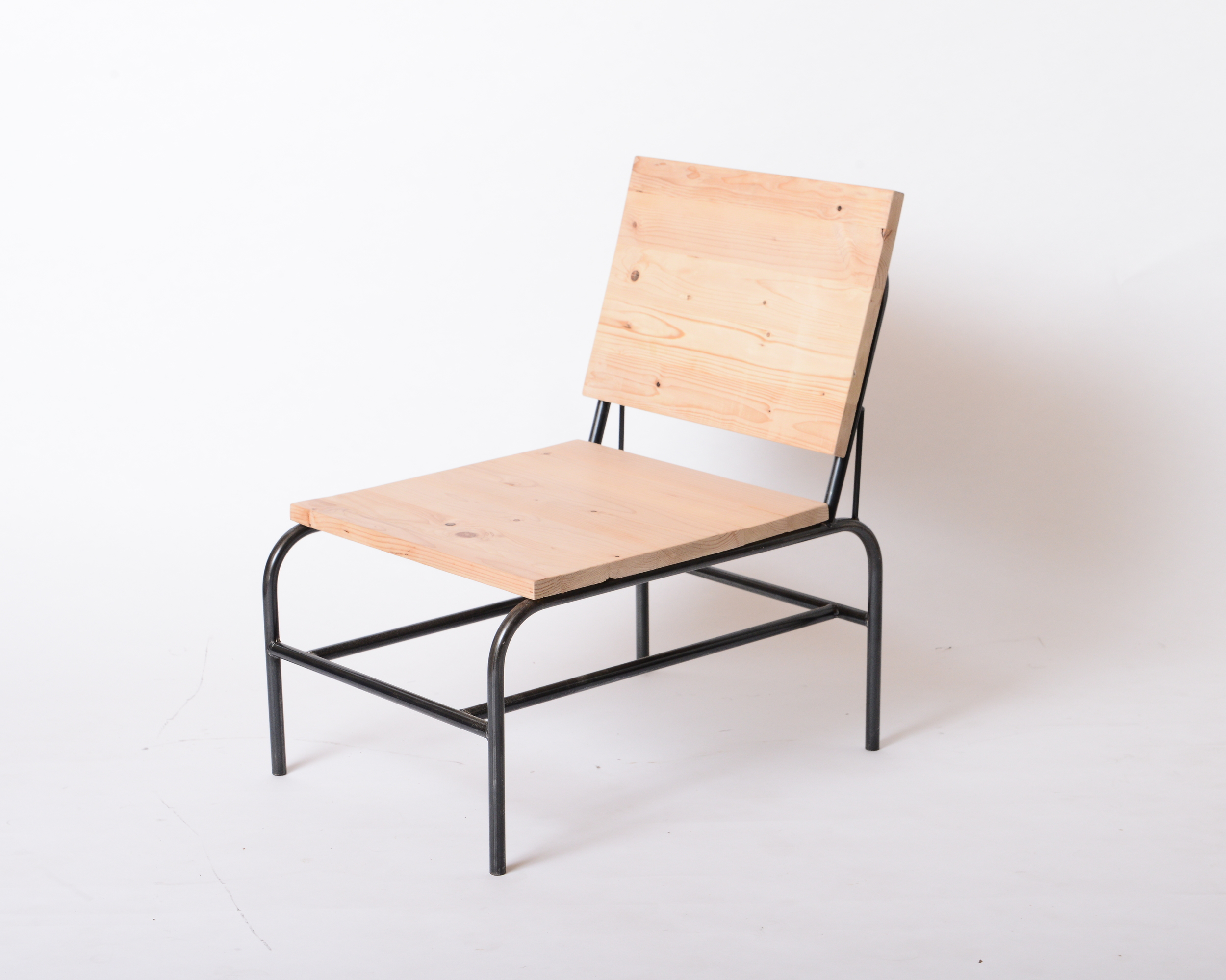CH12 靠背單人椅 松木/ 栂木   NT 5600/7500 已售出、已停產