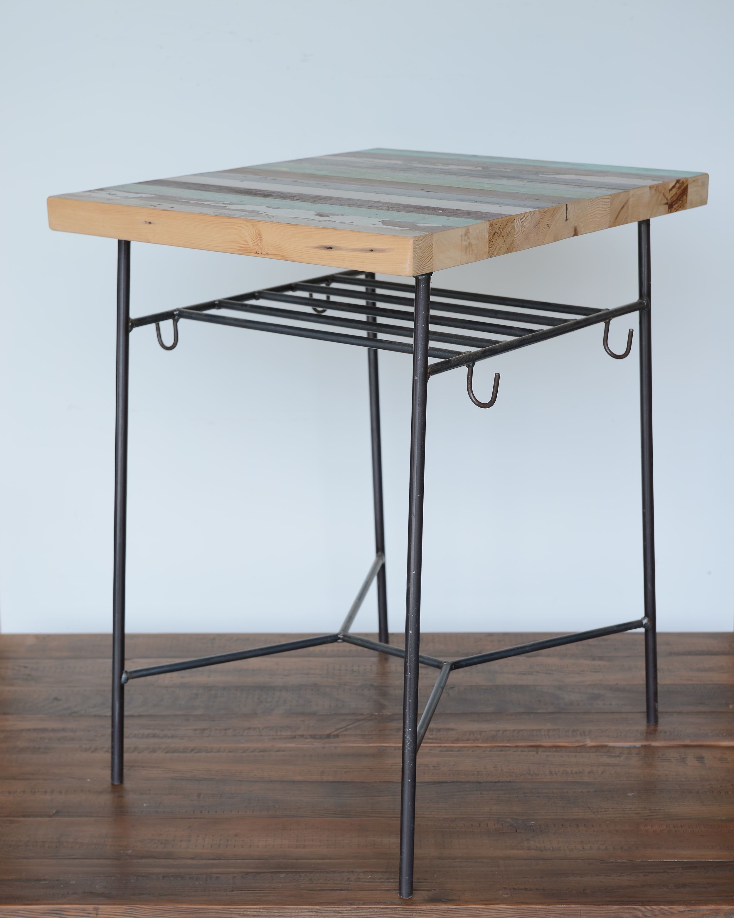 TS-I-06 Coffee table 實心黑鐵 x 栂木  NT 8,600 (未稅)