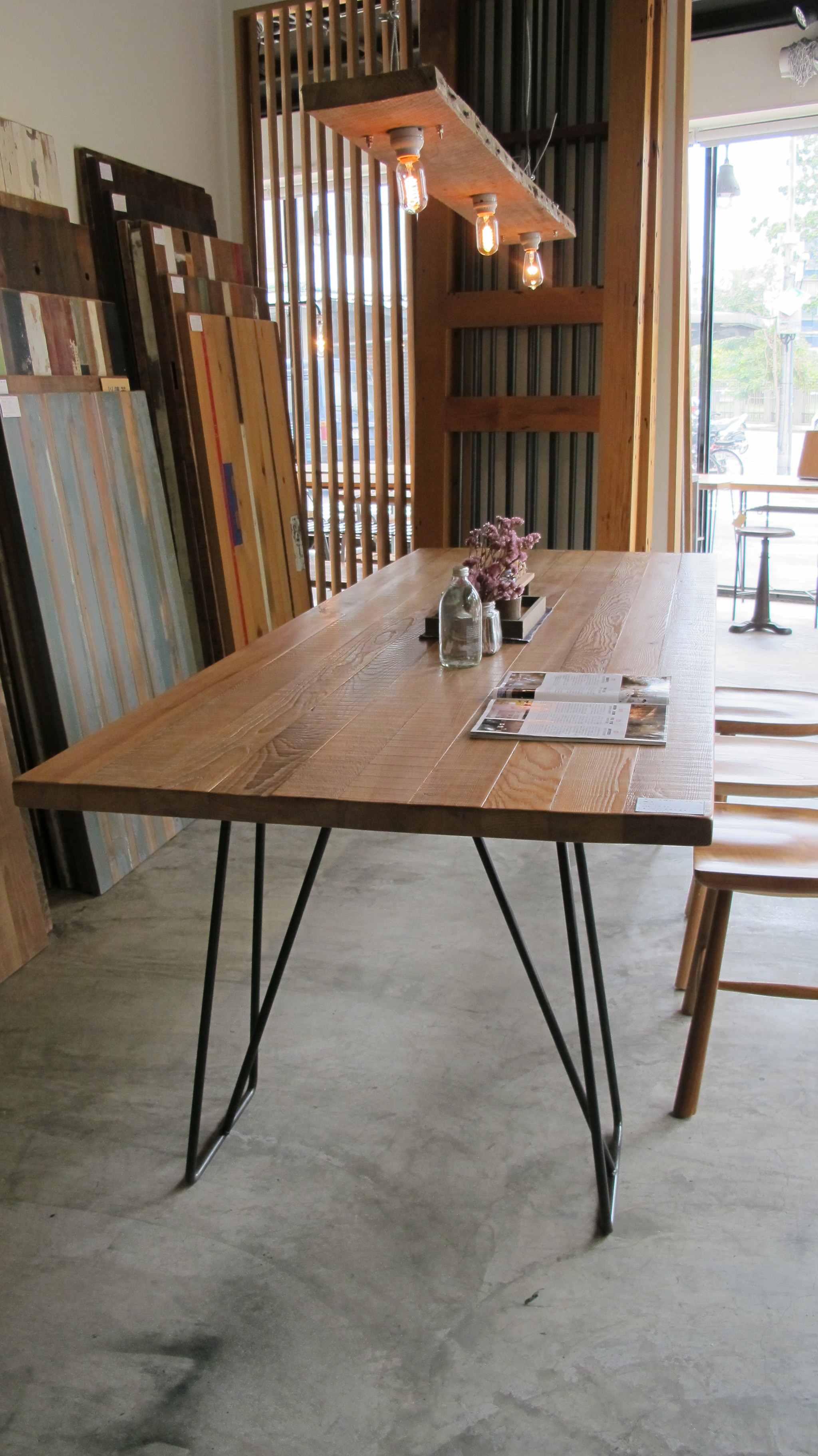 F-05 Dining Table