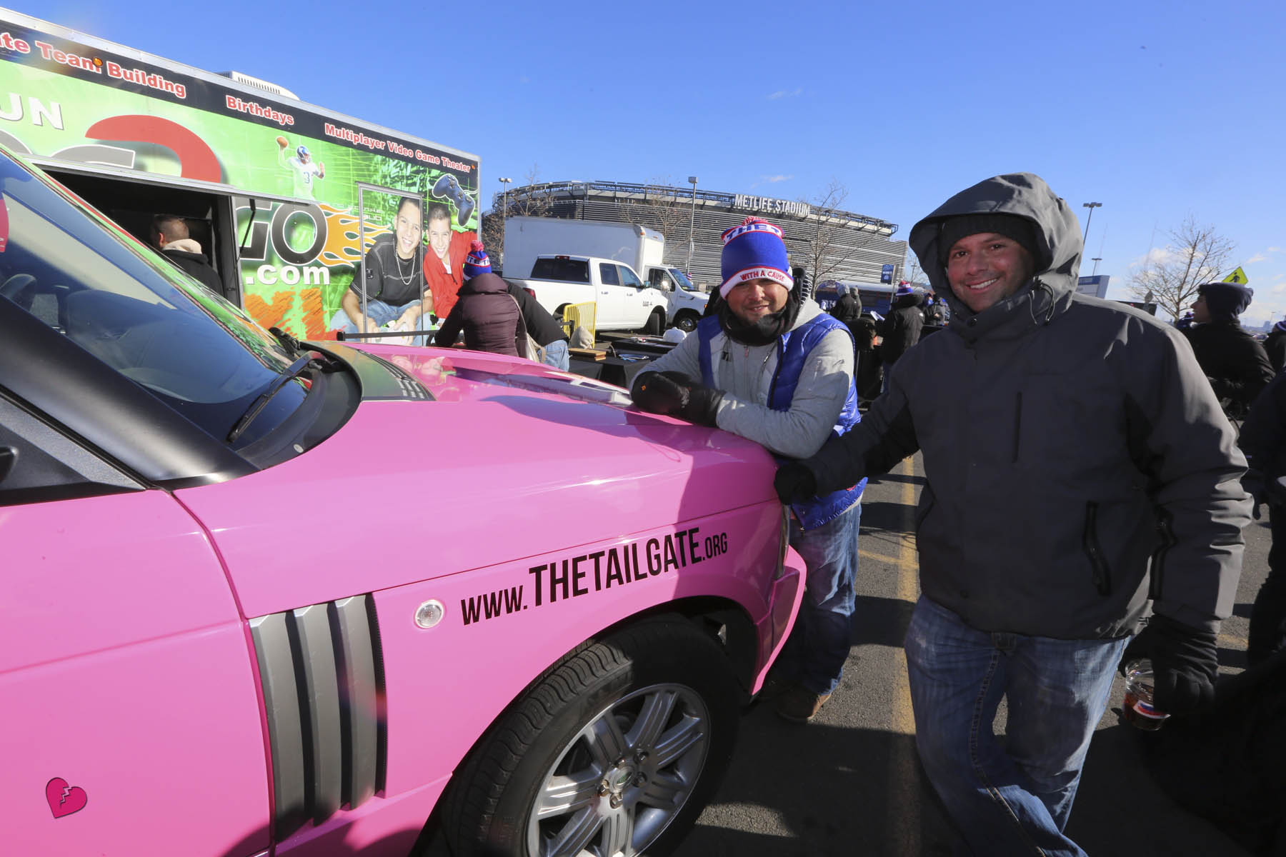 The Tailgate 11.26.13  377.jpg