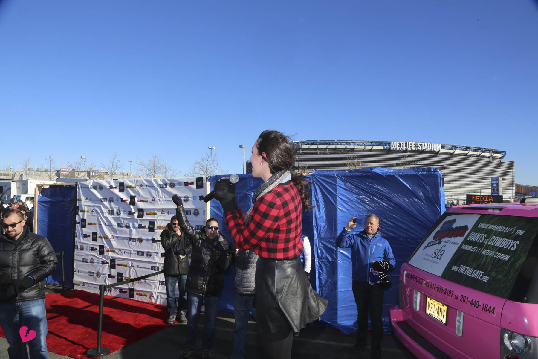 The Tailgate 11.26.13  393.jpg