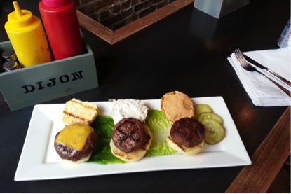 Zdroj foto: Island Burgers and Shakes Facebook.