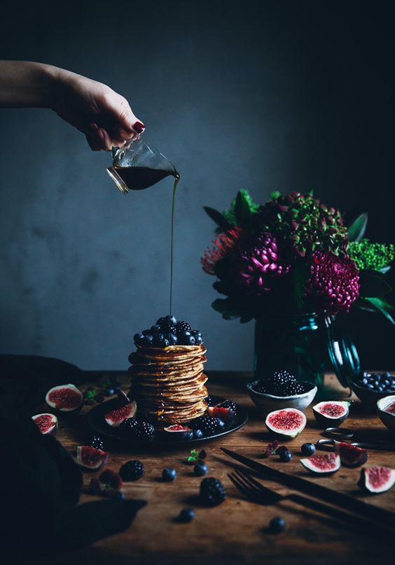 Zdroj: Pinterest / lindalomelino - ricottové palacinky s čerstvým ovocím