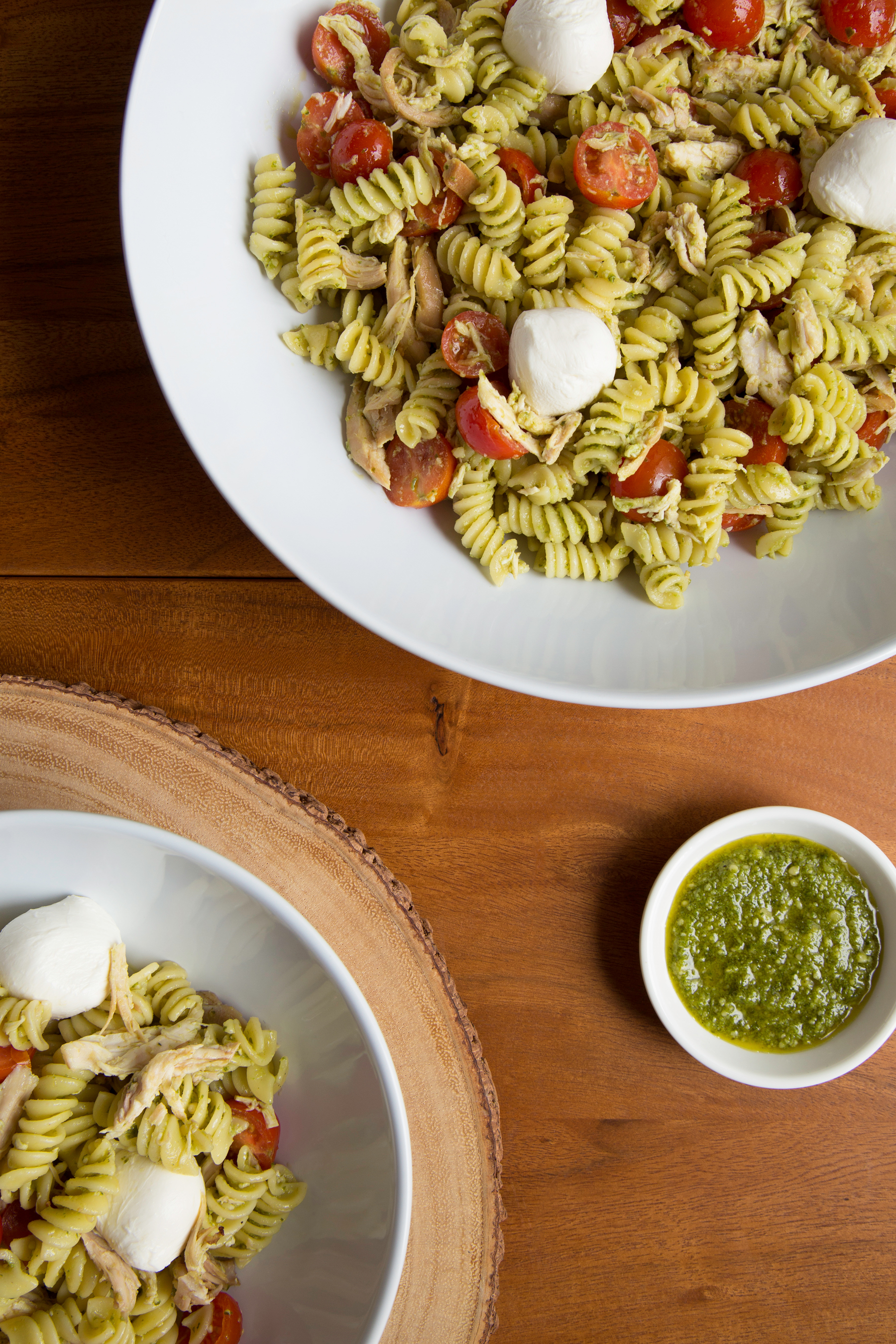 CHICKEN-RECIPES_CAPRESE-CHICKEN-PASTA.jpg