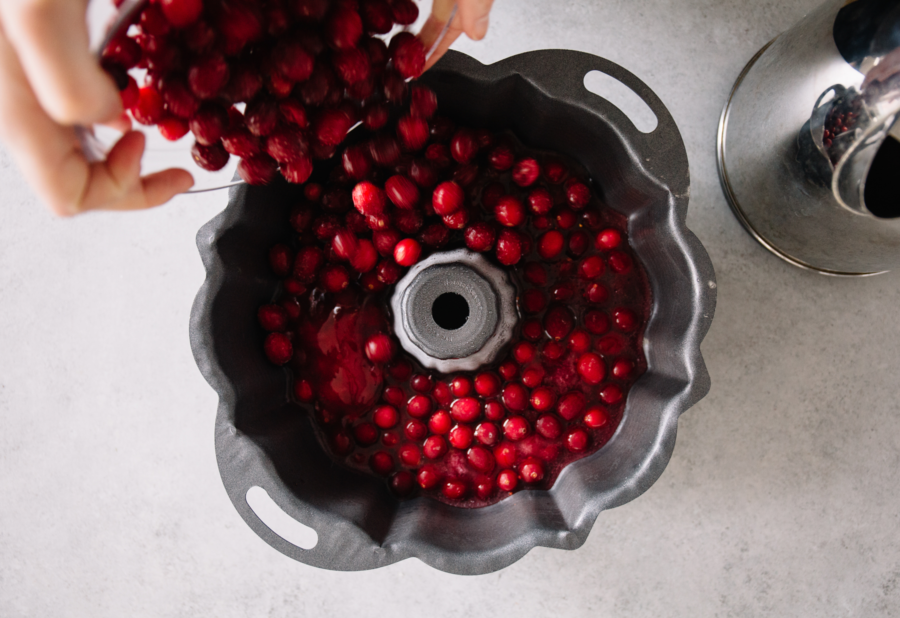 FOODSTUFF_CRANBERRY-ICE_STEP-2-2.jpg