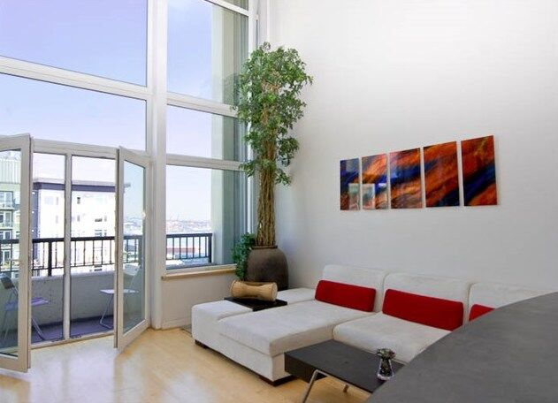 2717 Western Ave #PH-18, Seattle - SOLD- $430,000 | LISTING