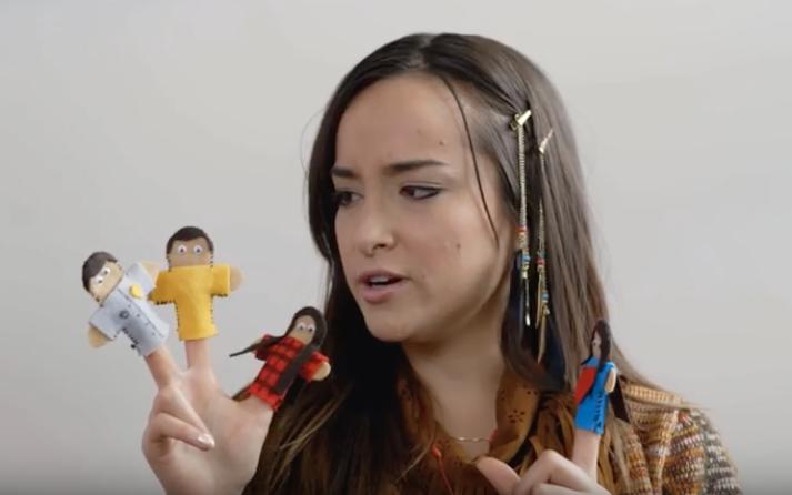 Finger puppets. (Ollie & Emma; 2016)