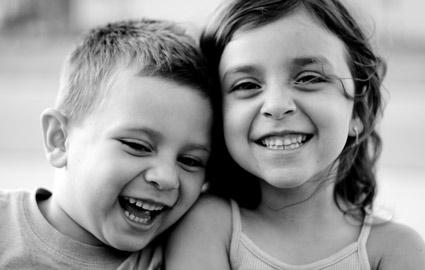siblings81809slw.jpg