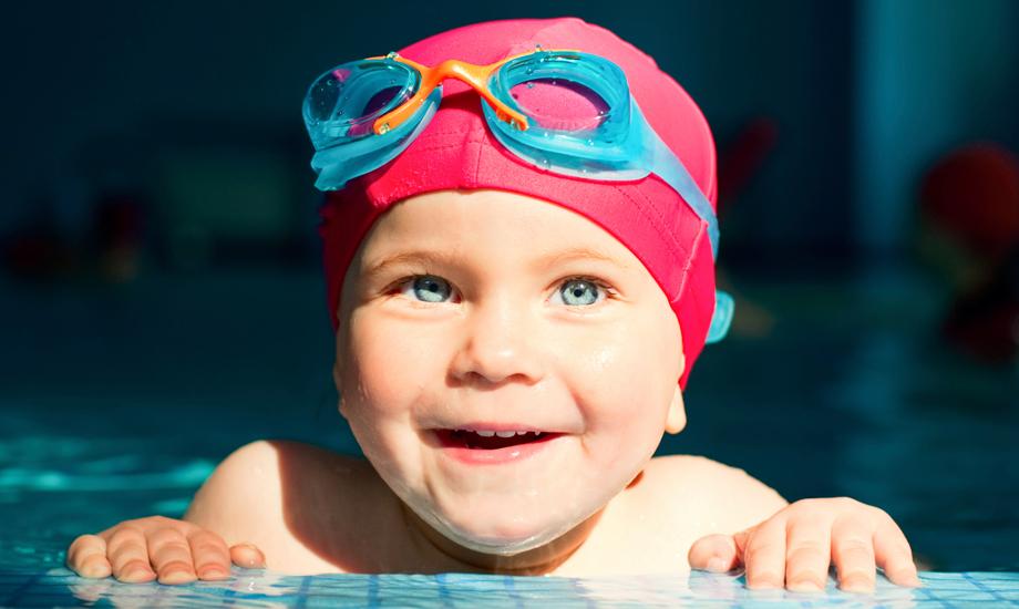 Swim-Lessons-Baby-1_920x550.jpg