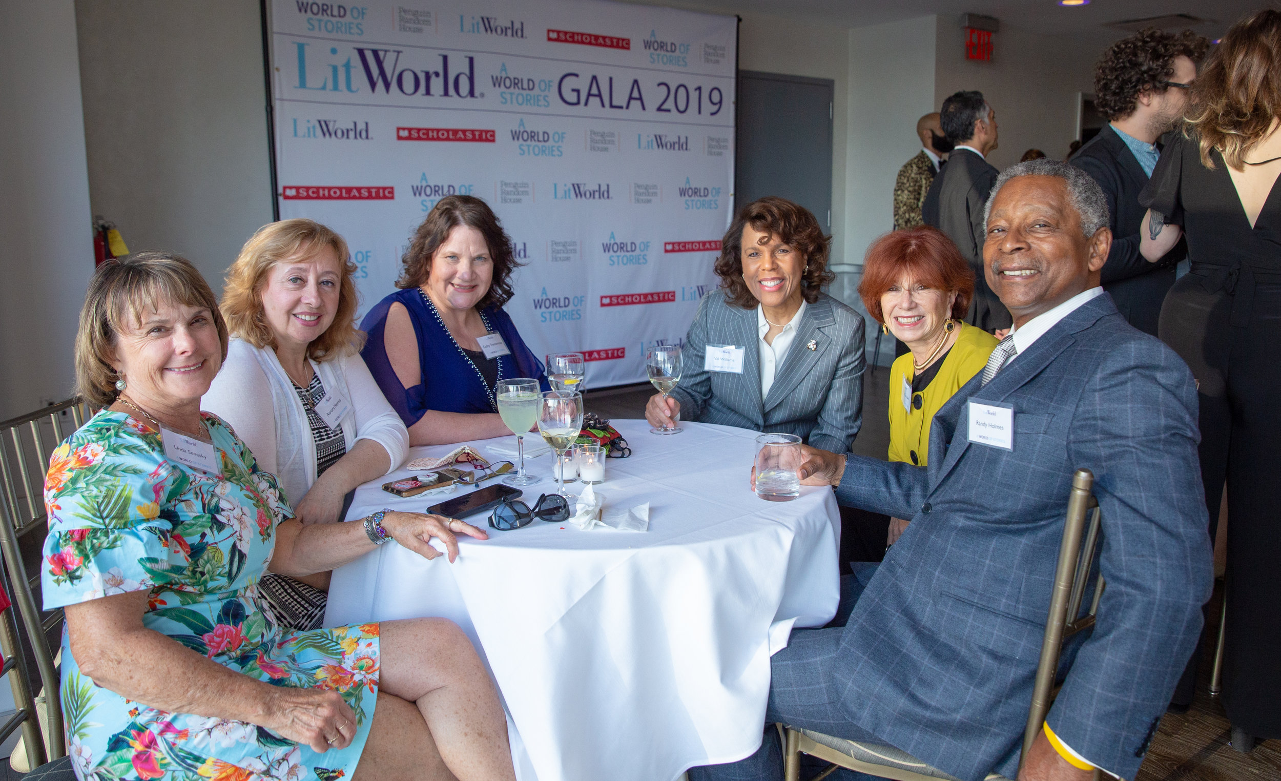 LITWORLD_GALA19-34.jpg