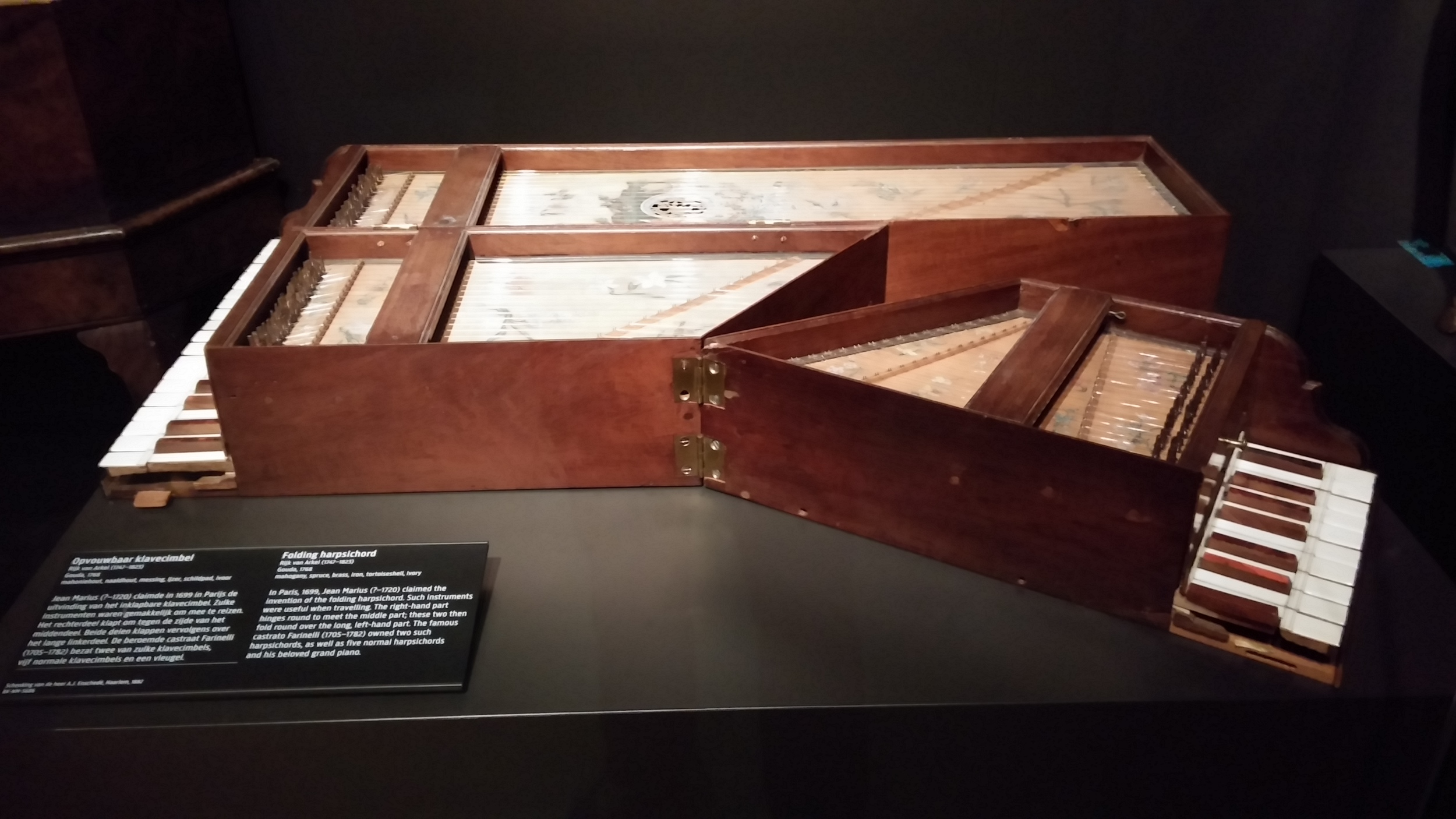 A foldable harpsichord at the Rijks Museum