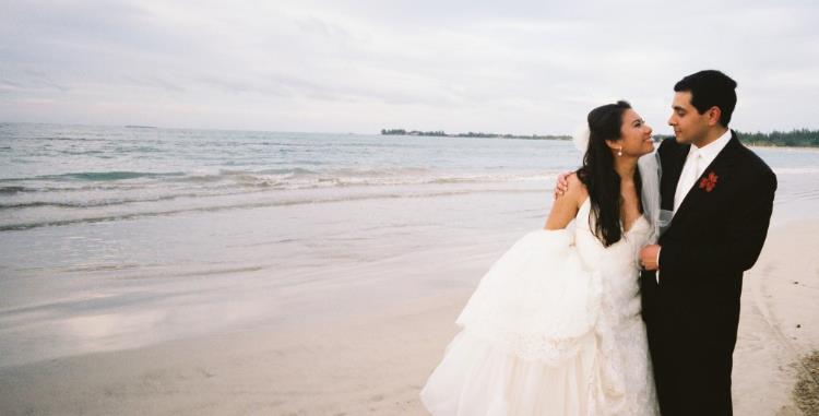 tanya-and-husband-at-the-beach-puerto-rico-1024x521.jpg