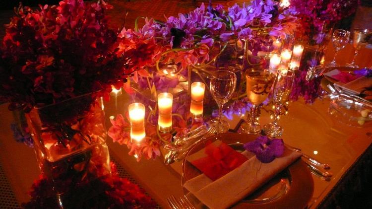 tanya-choibut-big-table-in-ballroom.jpg