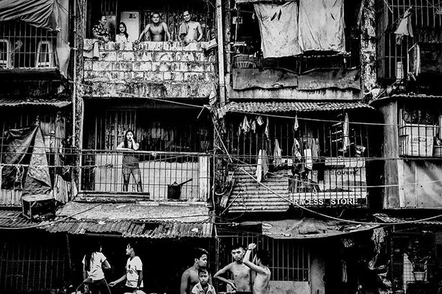 Tondo, Manila in monochrome. This city is one of the frontlines in the Philippine government's bloody war on drugs. 🇵🇭 . . . #shotoniphone #philippines #itsmorefuninthephilippines #everydayphilippines #politics #iphone7 #streetphotography #travel #instatravel #travelgram #wanderlust #picoftheday #shotonmoment #stopthekillings #humanrights #portrait #awesome #leica #passionpassport #roadtrip #tokhang #natgeo #photooftheday #travelphotography #travelling #traveltheworld #vsco #hypebeast #trip #iphone