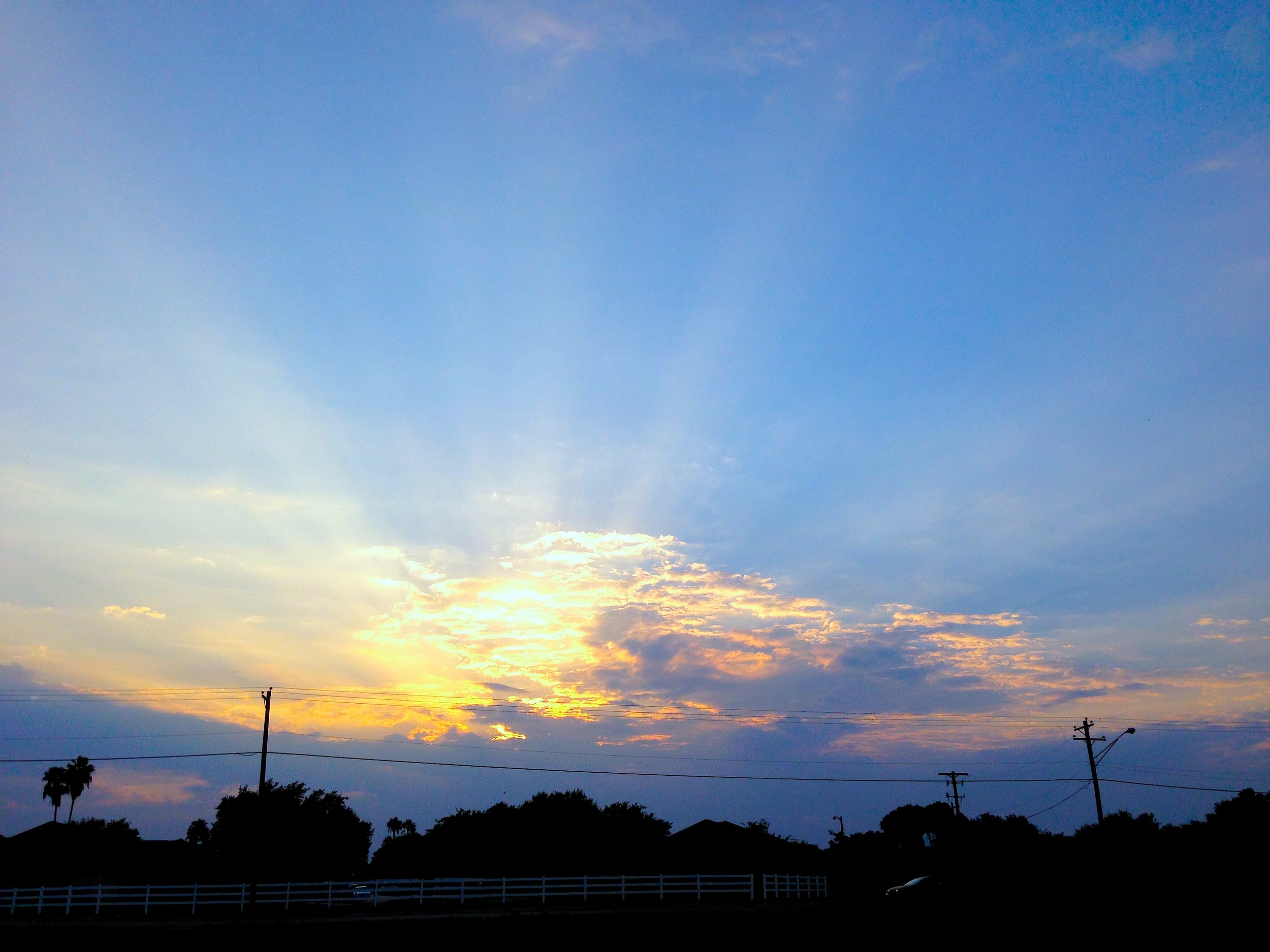 EH_InfiniteLove_Sunset.JPG