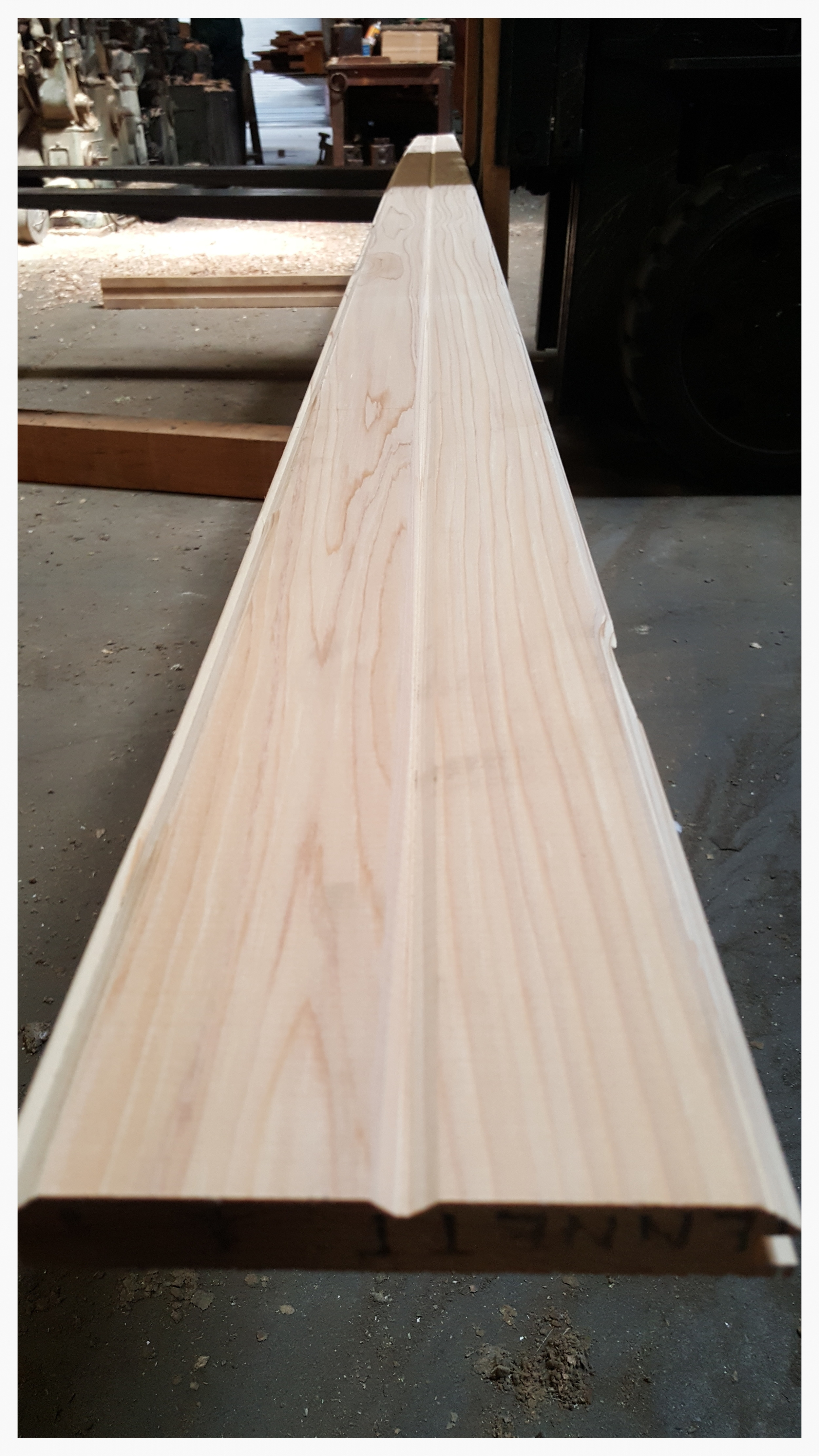 WESTERN RED CEDAR - T&G WITH V-GROOVE  FINISHED PRODUCT BY BDD MILL