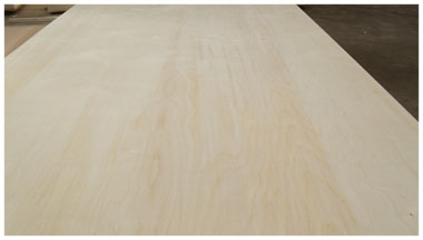 WHITE BIRCH - CHINESE IMPORT PLYWOOD