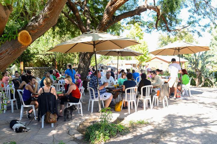 Morning Glory Café. Photo source: thefarmatsouthmountain.com